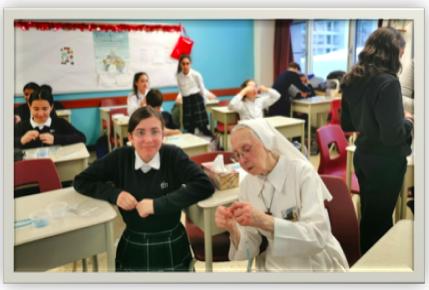 Soeur Henriette, soeur Missionnaire du Christ-Roi